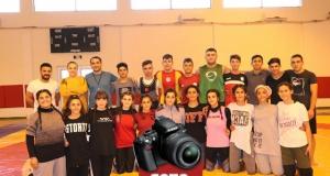 Diyarbakır'ın tek kız güreşçi takımının hedefi