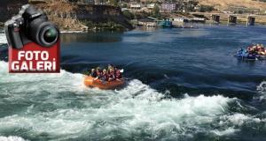 Kılavuzlu'da rafting yaptılar!