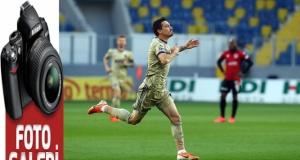 Fenerbahçe deplasman fobisini yendi: 5-1