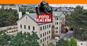 Müzeler 'kontrollü ziyarete' açık