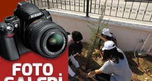 Maarif Anadolu Lisesi'nde ağaç dikme etkinliği