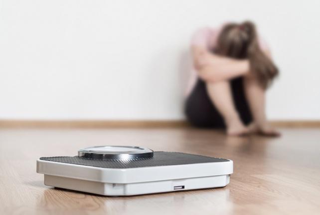 Ergenlik döneminde yeme bozukluğunun 15 önemli sinyali!