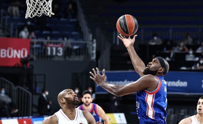 Anadolu Efes,  Dörtlü Final'e yükseldi