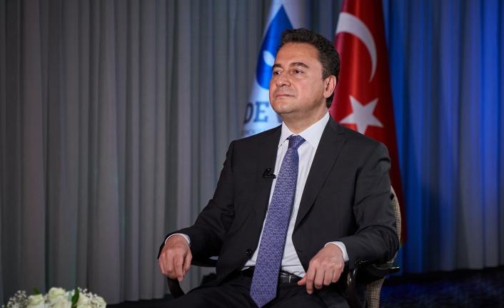 """Babacan """"Sayın Erdoğan ölçülü hareket etsin"""""""