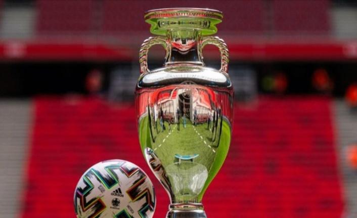 UEFA, 2020 Avrupa Şampiyonası'nda kadroları 26 oyuncuya çıkardı