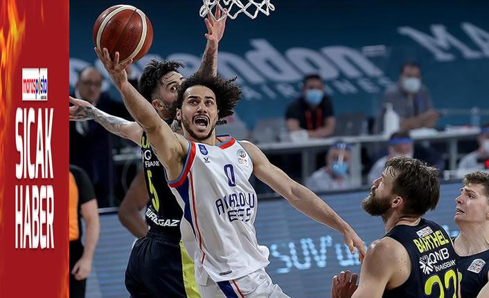 Anadolu Efes ile Fenerbahçe Beko, seride 3. maça çıkıyor