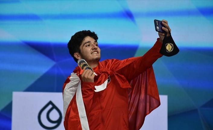 Dünya Gençler Halter Şampiyonası'nda  18 madalya kazandık