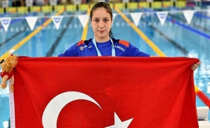 Milli yüzücü Merve Tuncel'den Avrupa rekoru