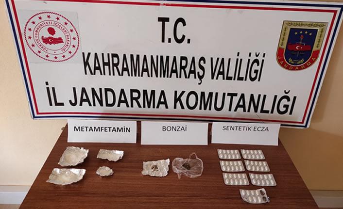 Uyuşturucu operasyonunda 3 kişi yakalandı…