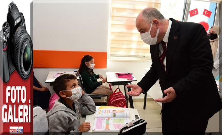Dulkadiroğlu İlkokulunda İlköğretim Haftası