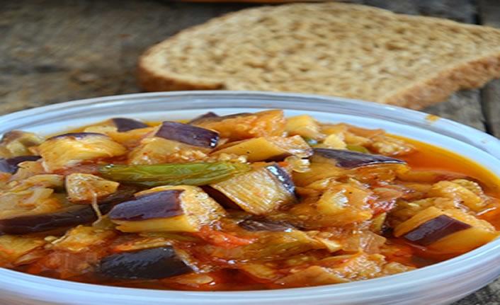 Patlıcan yemeği nasıl yapılır?