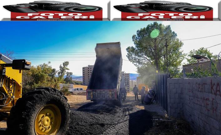 Ayaklıcaoluk Mahallesinde asfalt çalışması
