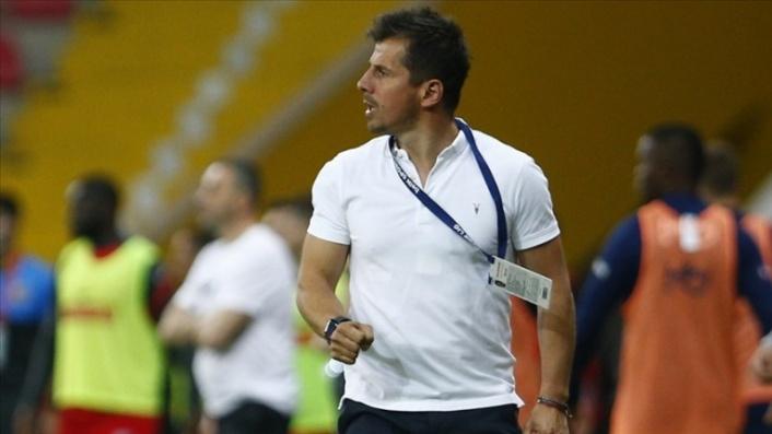 Emre Belözoğlu, Başakşehir ile futbola dondu