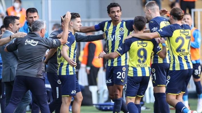 Fenerbahçe,  milli araya lider girdi…