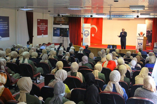 """""""Prof. Dr. Fuat Sezgin"""" söyleşisi gerçekleştirildi"""