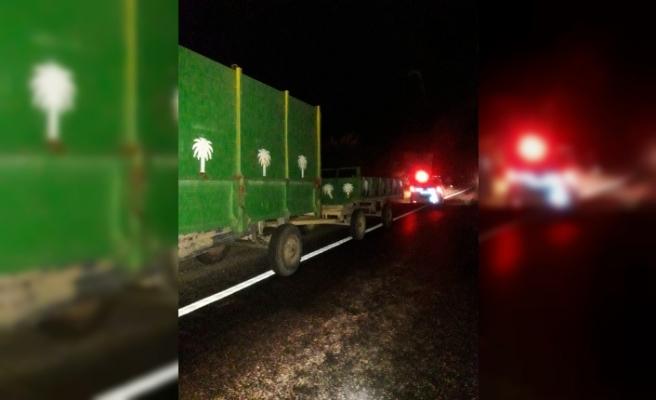 Karayolunda traktör ve römorklar kazaya davetiye çıkarıyor