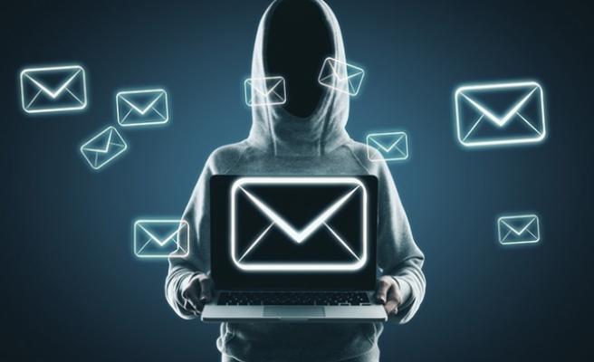 Kullanıcıları tuzağa düşüren 5 e-posta trendi