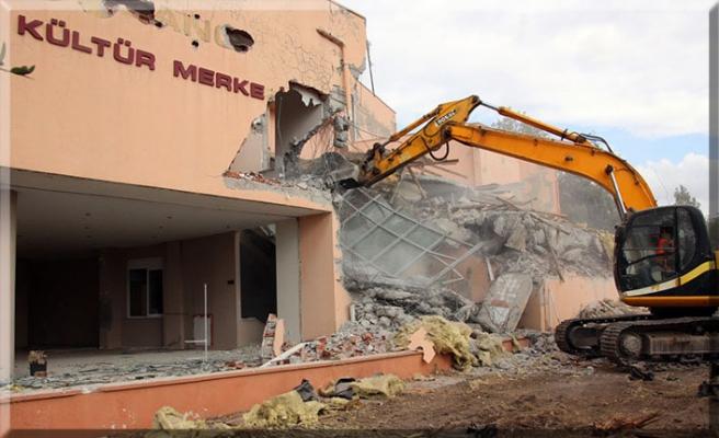 Sabancı Kültür Merkezi, yıkılıyor!