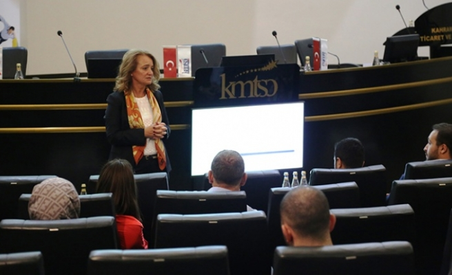 """""""Uluslararası Ticari Sözleşmeler"""" semineri yapıldı"""
