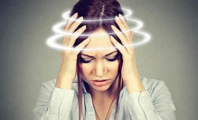 Baş dönmesine işitme kaybı eşlik ediyorsa… Vertigo: Hastalık değil, belirti!