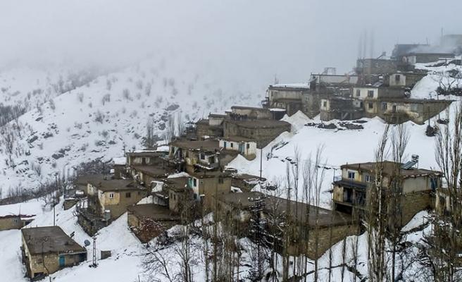 30 Büyükşehir'in dışında kalan 51 ilin 36'sında köy nüfusu azalıyor