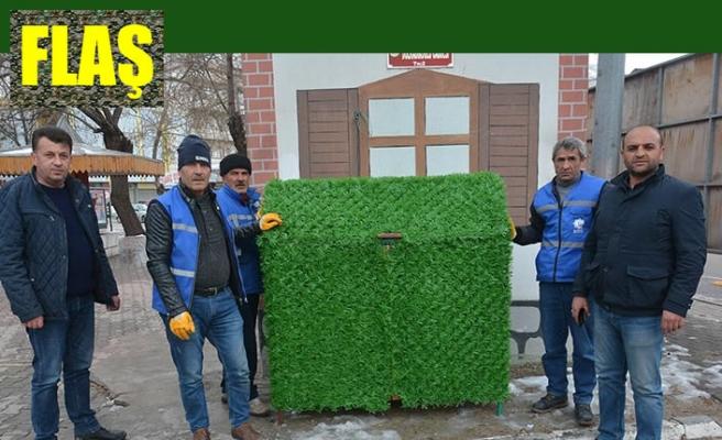 Çöp konteynerleri yeşile büründürüldü