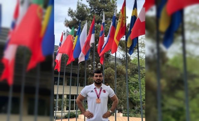 Milli güreşçi Serdar Böke, Gençlik ve Spor Hizmetleri Müdürü oldu!