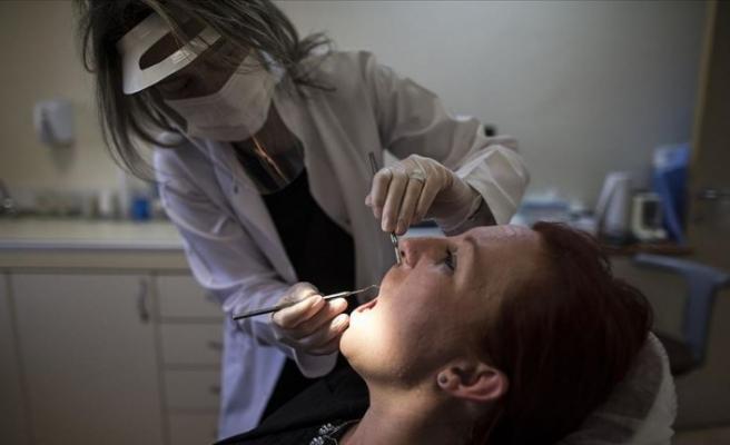 Acil durumlar dışında diş tedavisi için ısrar edilmemeli