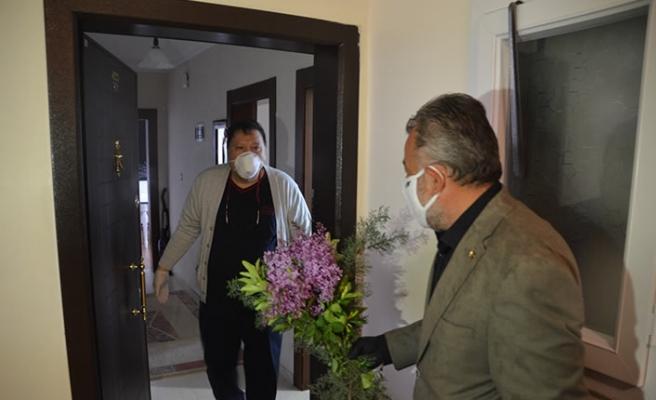 Koronavirüsü yenen KOAH hastası taburcu edildi