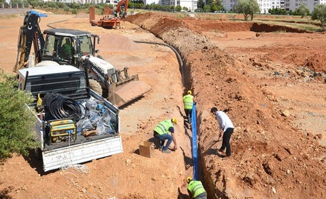 Onikişubat'ta yeni yerleşimlerin içme suyu hatları yapılıyor