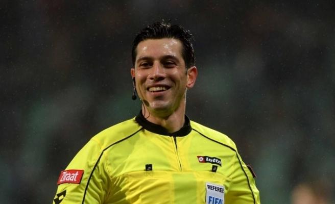 Fenerbahçe-Sivasspor maçının hakemi Ali Palabıyık oldu