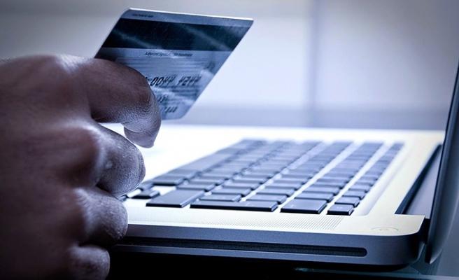 E-ticaret, tüketicilerin güvenlik endişelerine rağmen büyüyor