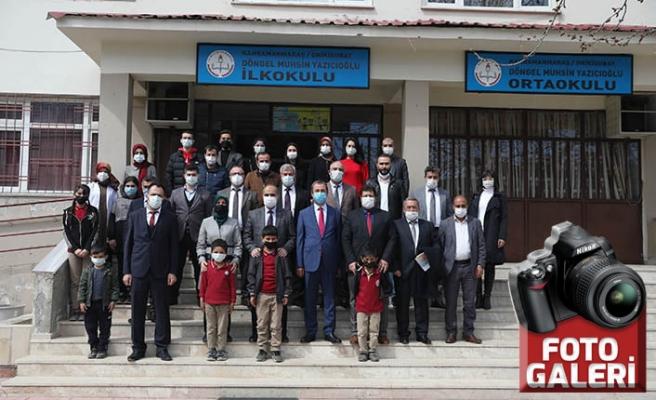 Kiü'den Döngel Muhsin Yazıcıoğlu İlk-Ortaokulu'na kitap bağışı