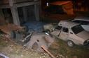 Evin bahçesine devrilen otomobilin sürücüsü öldü