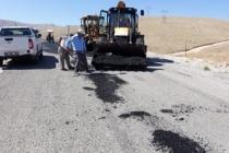 Yolların asfalt bakımı yapılıyor
