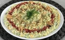 Yoğurtlu cevizli kabak salatası