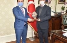 TÜMKİAD Başkanı Eliaçık, Osman Okumuş'u ziyaret etti