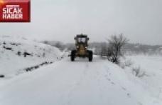 Karla mücadele ekipleri görev başında