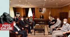 Vali Coşkun LGS Türkiye 1.'lerini kabul etti