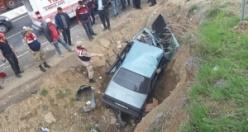 Bu otomobilden yaralı kurtuldular