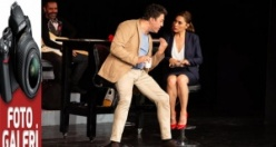 """""""İki Bekâr"""",29-30 Ekim'de sahneleniyor"""