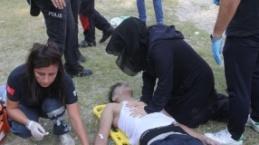 Öldüğüne inanamadıkları çocuklarına kalp masajı yaptı