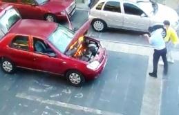 Seyir halindeki otomobilde çıkan yangını zabıta...