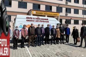 Karacaoğlan Mobil-Gezici Kütüphanesini öğrencileri ile buluşturdu