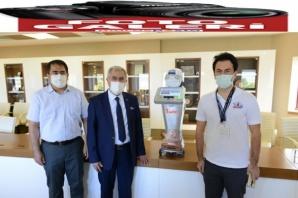 KSÜ Rektörü, 'RoboVision' takımını ödüllendirdi