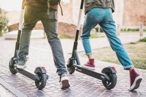 Normalleşme başladı,  'e-scooter'lar caddelere indi