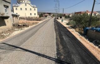 6 kilometre asfalt döşendi; Ufacıklı'da sorun...