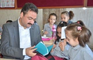 Elbistan Belediyesi'nden 3 bin öğrenciye eğitim...