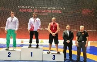 Büyükşehirli Alkız, Balkan Şampiyonu