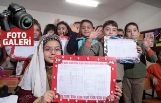 Kahramanmaraş'ta 288 bin öğrenci karne heyecanı...